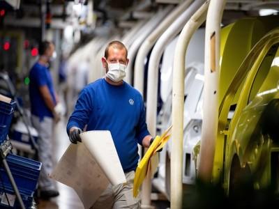Sản xuất toàn cầu phục hồi mạnh