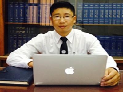Luật sư Ngô Quang Xuân